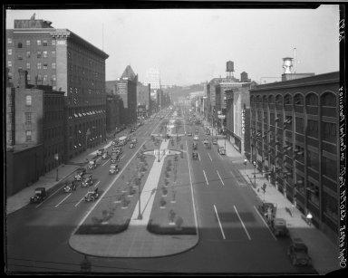Rapid Transit Photographs -- Box 20, Folder 33 (July 11, 1928 - July 14, 1928) -- negative, 1928-09-04, 5:20 P.M.