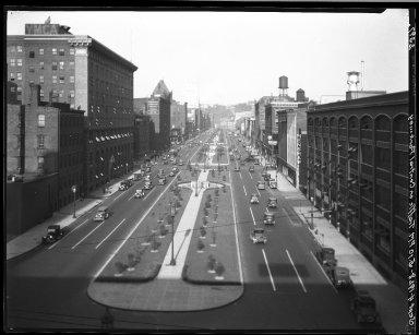 Rapid Transit Photographs -- Box 20, Folder 34 (July 14, 1928 - September 4, 1928) -- negative, 1928-09-04, 5:10 P.M.
