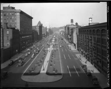 Rapid Transit Photographs -- Box 20, Folder 34 (July 14, 1928 - September 4, 1928) -- negative, 1928-09-04, 5:17 P.M.