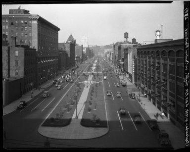 Rapid Transit Photographs -- Box 20, Folder 34 (July 14, 1928 - September 4, 1928) -- negative, 1928-09-04, 5:35 P.M.