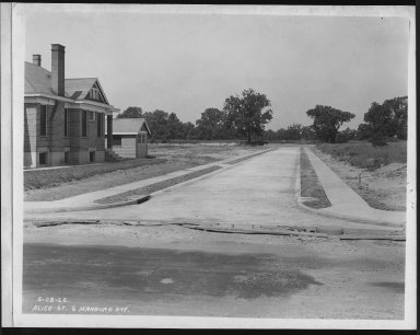 Street Improvement Photographs -- Box 21, Folder 02 (Alice Street) -- print, 1926-06-28