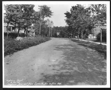 Street Improvement Photographs -- Box 22, Folder 21 (Daytona Avenue) -- print, 1930-08-25