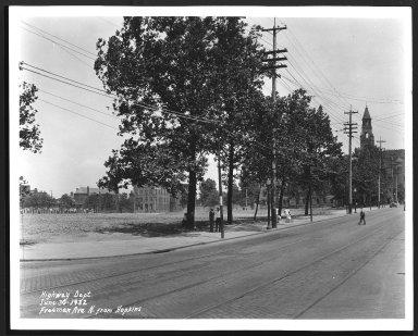 Street Improvement Photographs -- Box 23, Folder 33 (Freeman Avenue) -- print, 1932-06-30