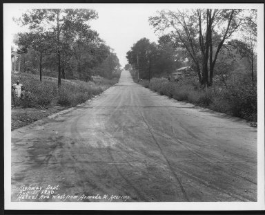 Street Improvement Photographs -- Box 24, Folder 29 (Hetzel Avenue) -- print, 1930-08-21