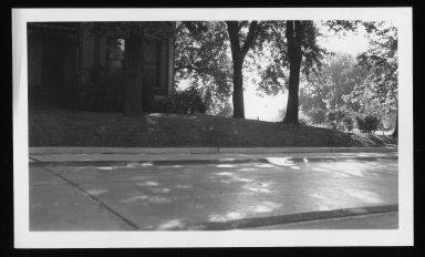 Street Improvement Photographs -- Box 25, Folder 07 (Kellogg Avenue) -- print, 1940-08-21