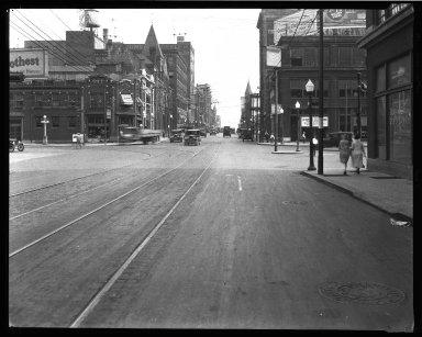 Street Improvement Photographs -- Box 32, Folder 28 (Broadway Street) -- negative, 1926