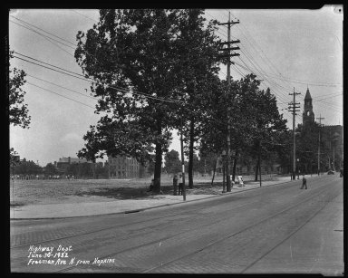 Street Improvement Photographs -- Box 35, Folder 54 (Freeman Avenue) -- negative, 1932-06-30