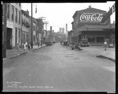 Street Improvement Photographs -- Box 45, Folder 25 (Stark Street) -- negative, 1932-06-18