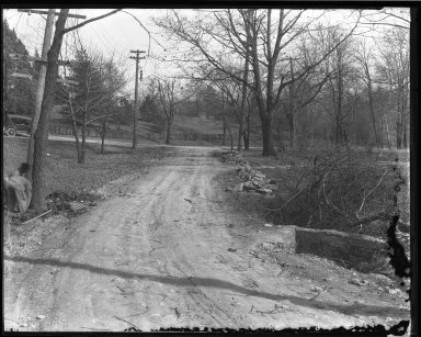 Street Improvement Photographs -- Box 46, Folder 40 (Vineyard Place) -- negative, 1924