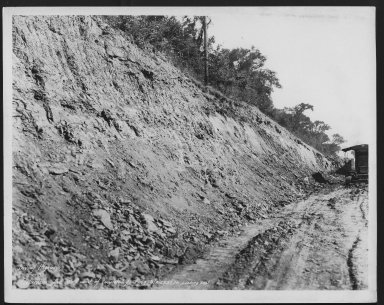 Street Improvement Photographs -- Box 48, Folder 05 (June 8, 1932 - September 9, 1932) -- print, 1932-09-09