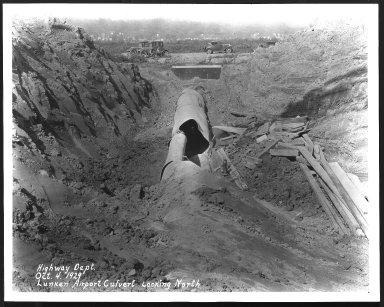 Miscellaneous Photographs -- Box 53, Folder 26 (Lunken Airport - October 4, 1929 - April 30, 1932) -- print, 1929-10-04