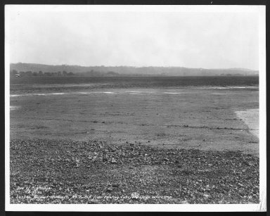 Miscellaneous Photographs -- Box 53, Folder 26 (Lunken Airport - October 4, 1929 - April 30, 1932) -- print, 1932-04-30