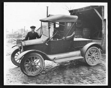 Miscellaneous Photographs -- Box 53, Folder 32 (Model T. Ford 1921) -- print, 1921-01-20