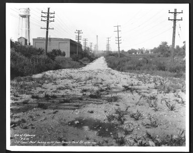 Miscellaneous Photographs -- Box 53, Folder 34 (Old Canal Bed) -- print, 1932-09-02