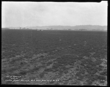 Miscellaneous Photographs -- Box 54, Folder 26 (Lunken Airport) -- negative, 1932-04-30