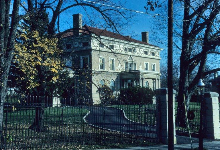 [Frank Enger House, 992 Marion Ave]
