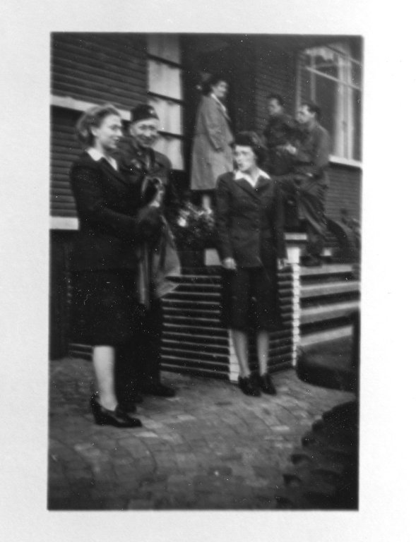 Tongres, Nimitz, Ruby, Barbara 2