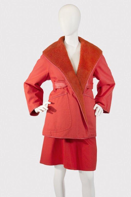 suits (main garments)
