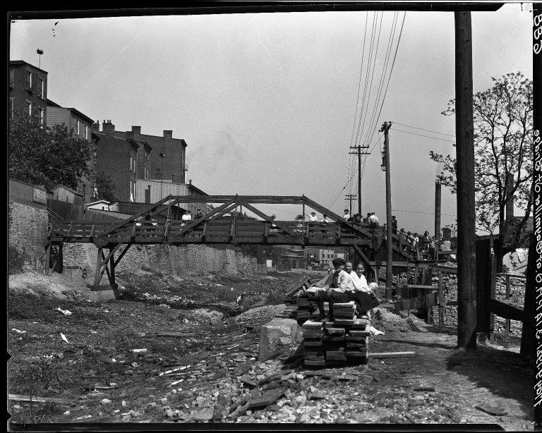 Rapid Transit Photographs -- Box 15, Folder 22 (May 9, 1921) -- negative, 1921-05-09, 3:14 P.M.