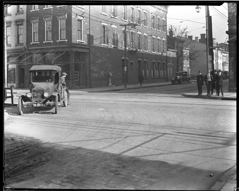 Street Improvement Photographs -- Box 35, Folder 54 (Freeman Avenue) -- negative, 1929
