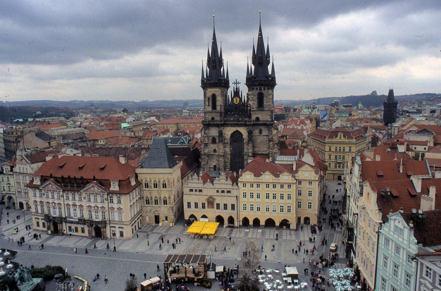 Staroměstské náměstí