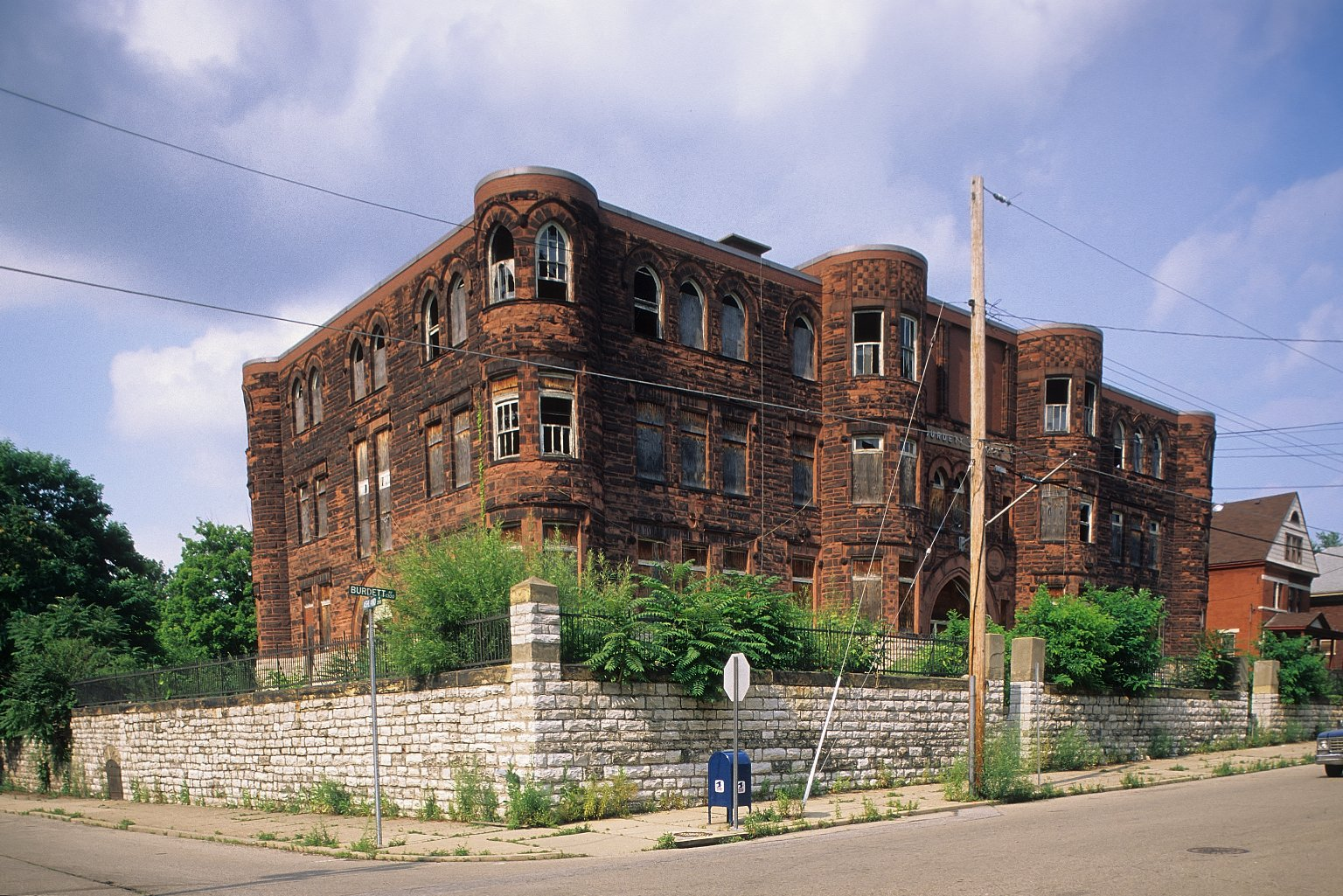 Old Walnut Hills High School