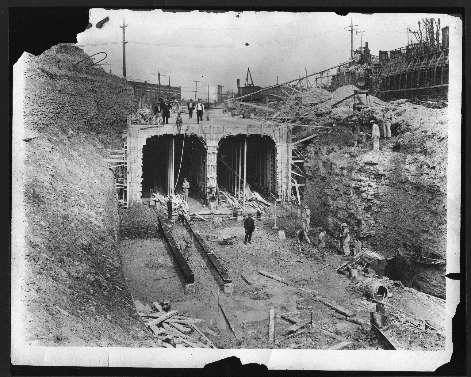 Rapid Transit Photographs -- Box 12, Folder 03 (March 8, 1922 - November 21, 1923) -- print, 1922-04-05, 9:38 A.M.