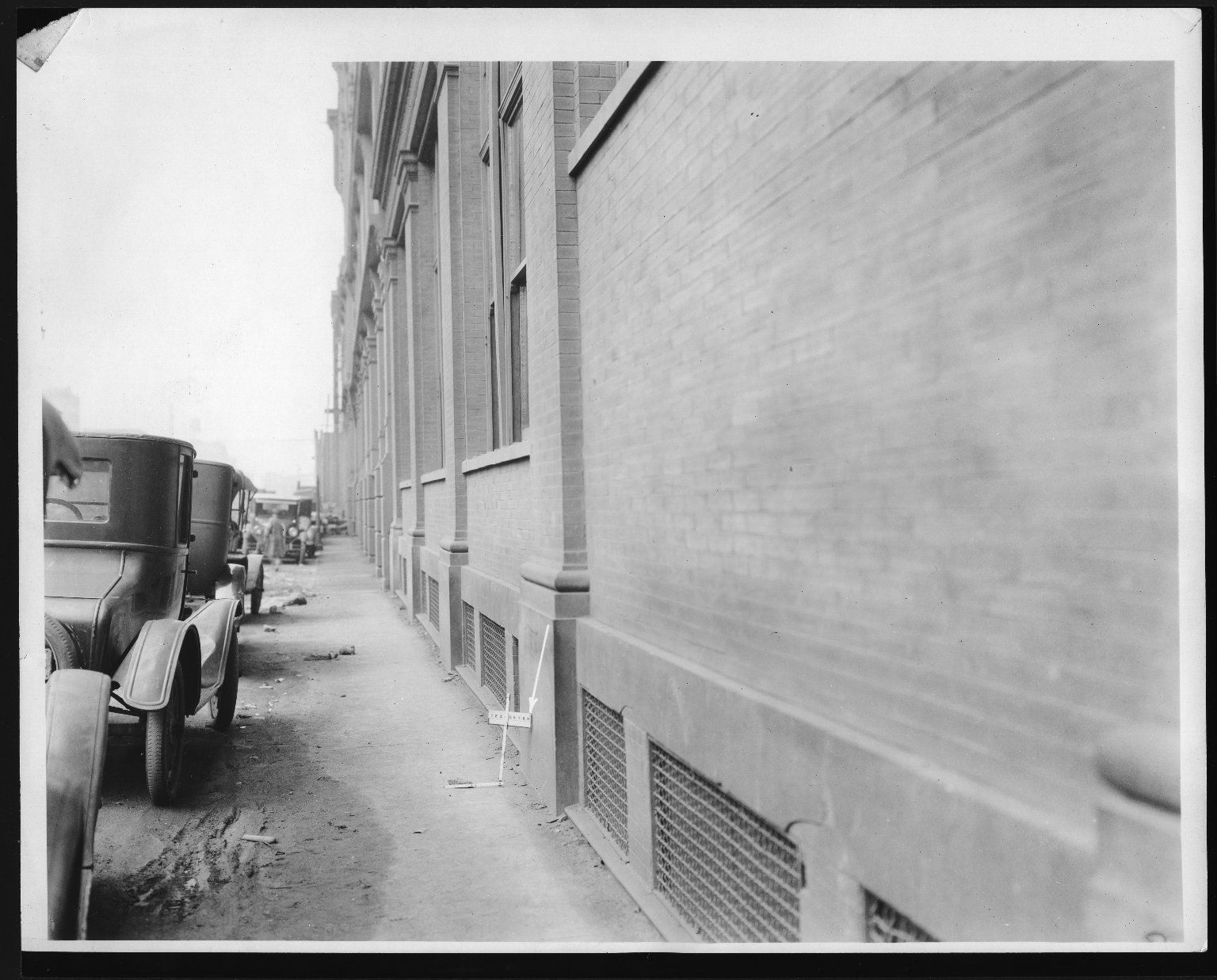 Rapid Transit Photographs -- Box 12, Folder 08 (September 15, 1926 - September 17, 1926) -- print, 1926-09-17, 11:04 A.M.
