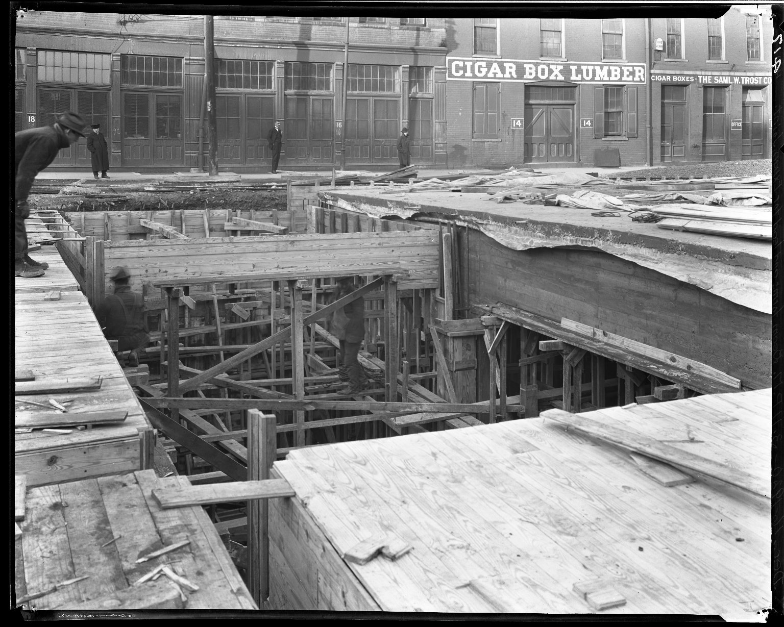 Rapid Transit Photographs -- Box 14, Folder 29 (December 16, 1920 - December 17, 1920) -- negative, 1920-12-16, 3:11 P.M.