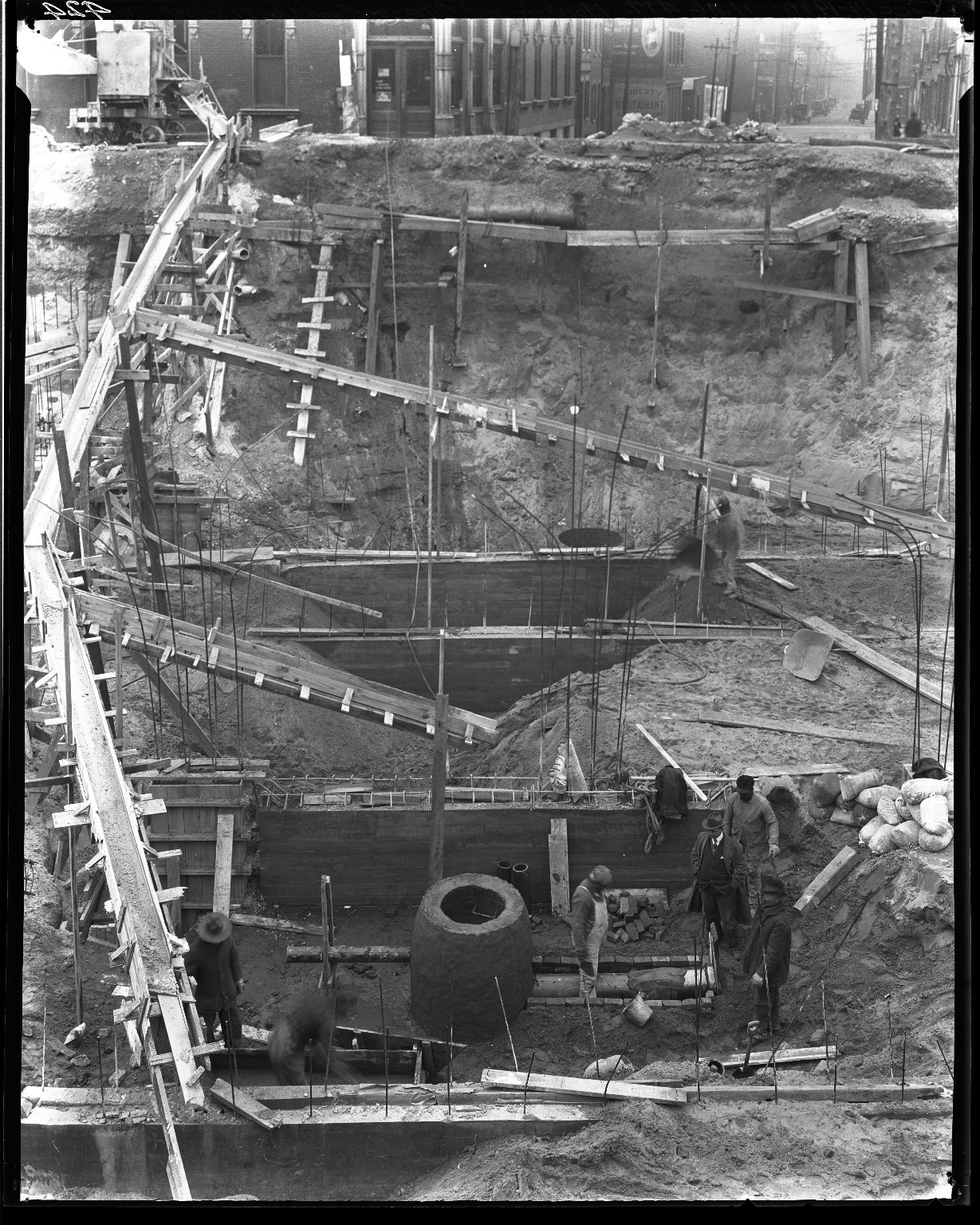 Rapid Transit Photographs -- Box 14, Folder 30 (December 17, 1920 - December 21, 1920) -- negative, 1920-12-17, 11:46 A.M.
