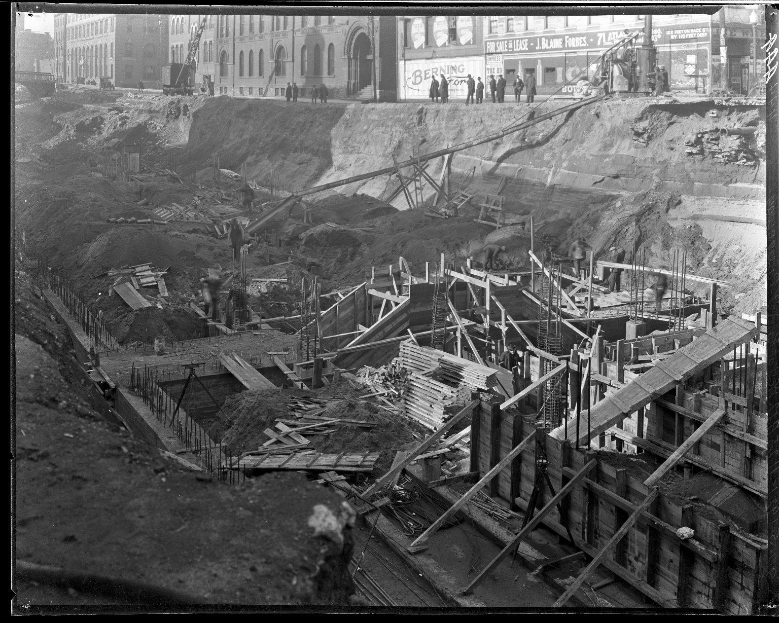 Rapid Transit Photographs -- Box 14, Folder 31 (January 2, 1921 - January 5, 1921) -- negative, 1921-01-05, 11:25 A.M.