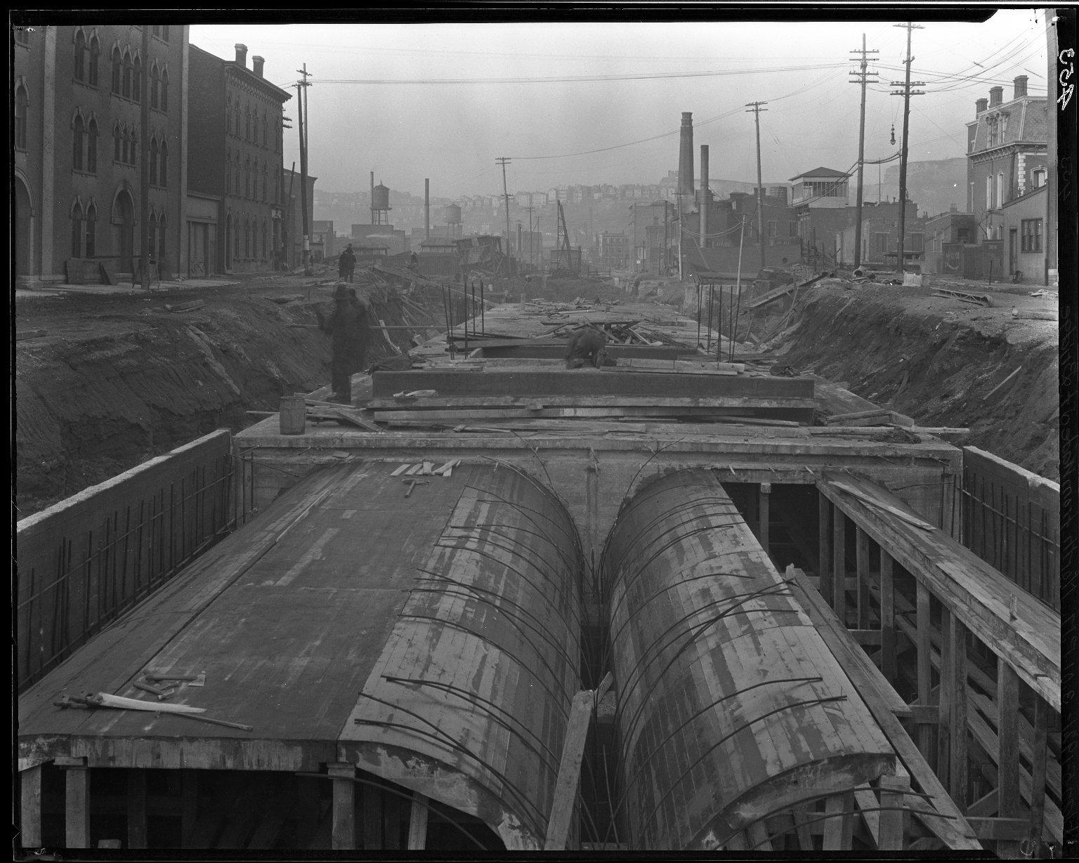 Rapid Transit Photographs -- Box 14, Folder 33 (January 5, 1921 - January 12, 1921) -- negative, 1921-01-05, 3:01 P.M.
