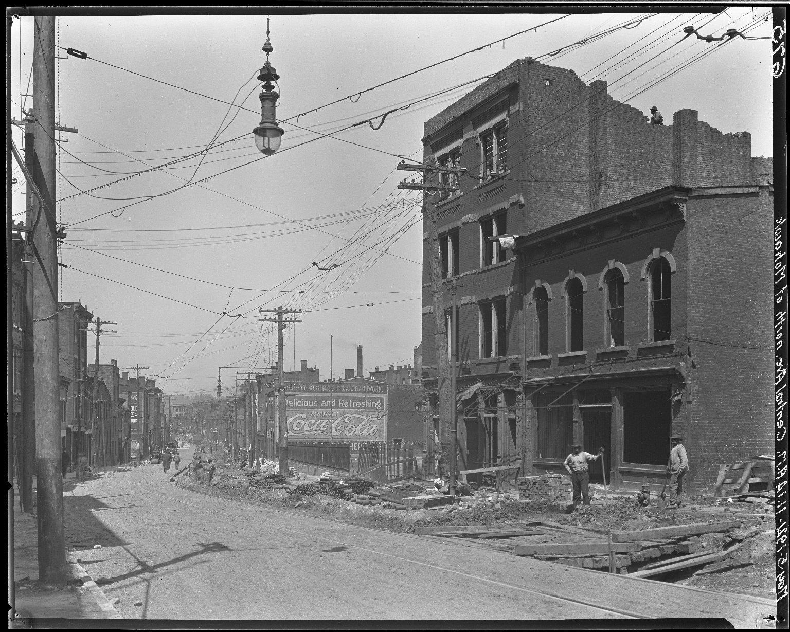 Rapid Transit Photographs -- Box 15, Folder 20 (May 5, 1921) -- negative, 1921-05-05, 11:14 A.M.