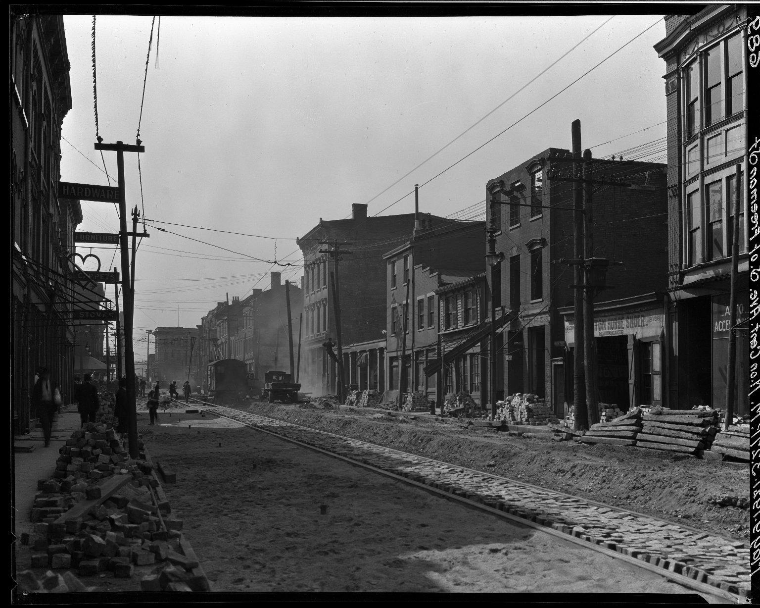Rapid Transit Photographs -- Box 15, Folder 23 (May 9, 1921 - May 16, 1921) -- negative, 1921-05-09, 3:27 P.M.