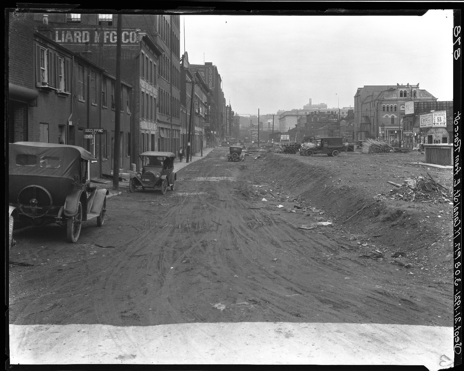 Rapid Transit Photographs -- Box 16, Folder 14 (September 19, 1921 - September 21, 1921) -- negative, 1921-09-21, 3:08 P.M.