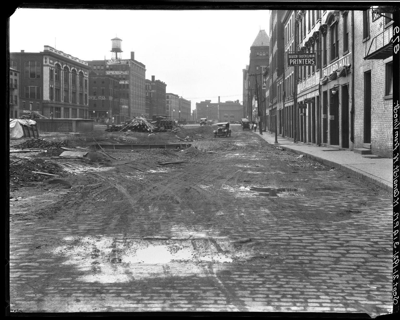 Rapid Transit Photographs -- Box 16, Folder 14 (September 19, 1921 - September 21, 1921) -- negative, 1921-09-21, 3:14 P.M.