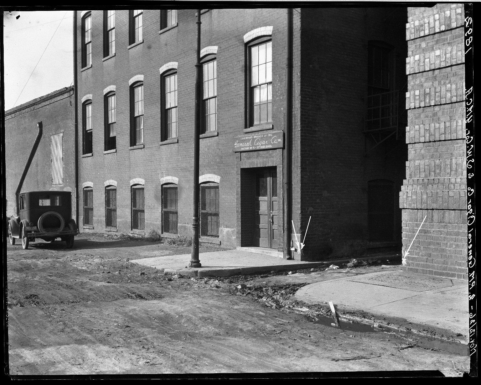 Rapid Transit Photographs -- Box 19, Folder 03 (November 12, 1926) -- negative, 1926-11-12, 2:04 P.M.