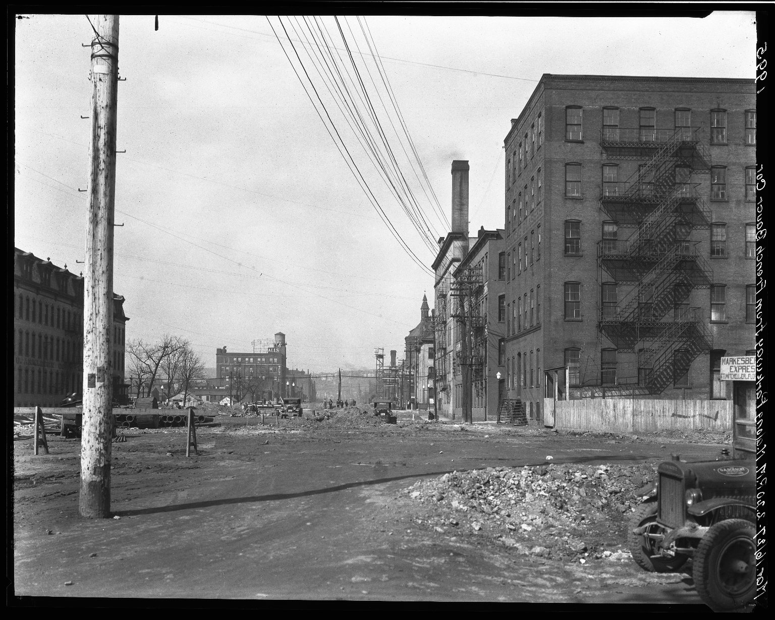 Rapid Transit Photographs -- Box 19, Folder 20 (March 16, 1927) -- negative, 1927-03-16, 2:20 P.M.