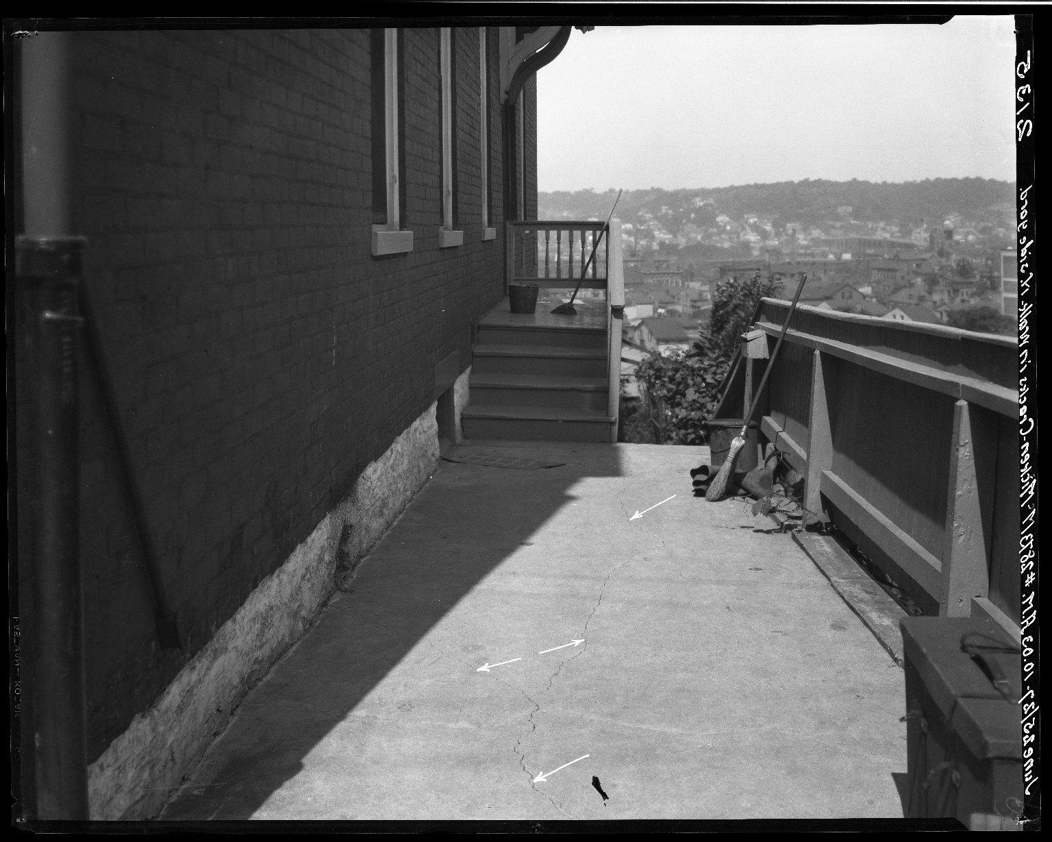 Rapid Transit Photographs -- Box 19, Folder 41 (June 24, 1927 - June 25, 1927) -- negative, 1927-06-25, 10:03 A.M.