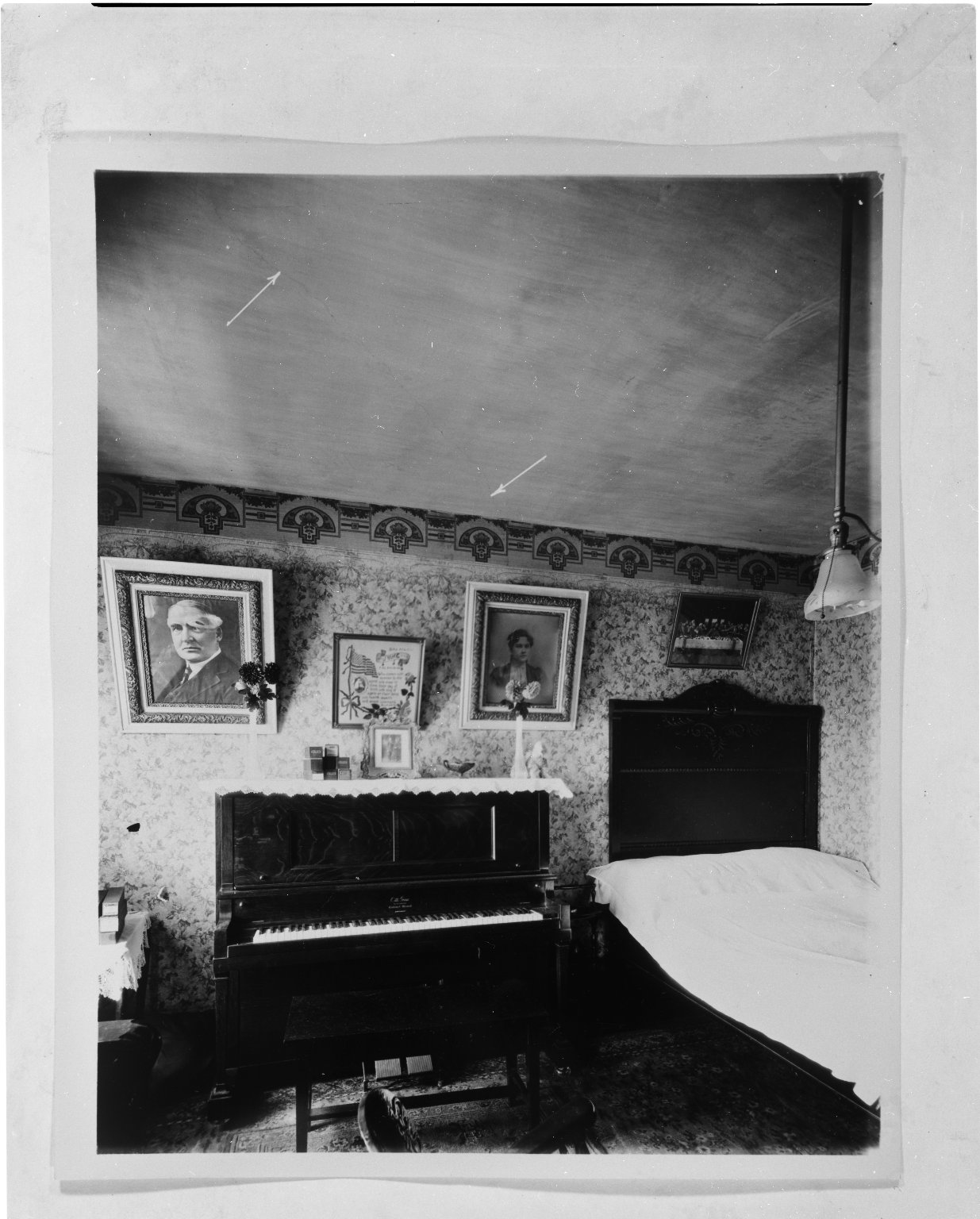 Rapid Transit Photographs -- Box 19, Folder 43 (June 27, 1927) -- negative, 1927-06-27