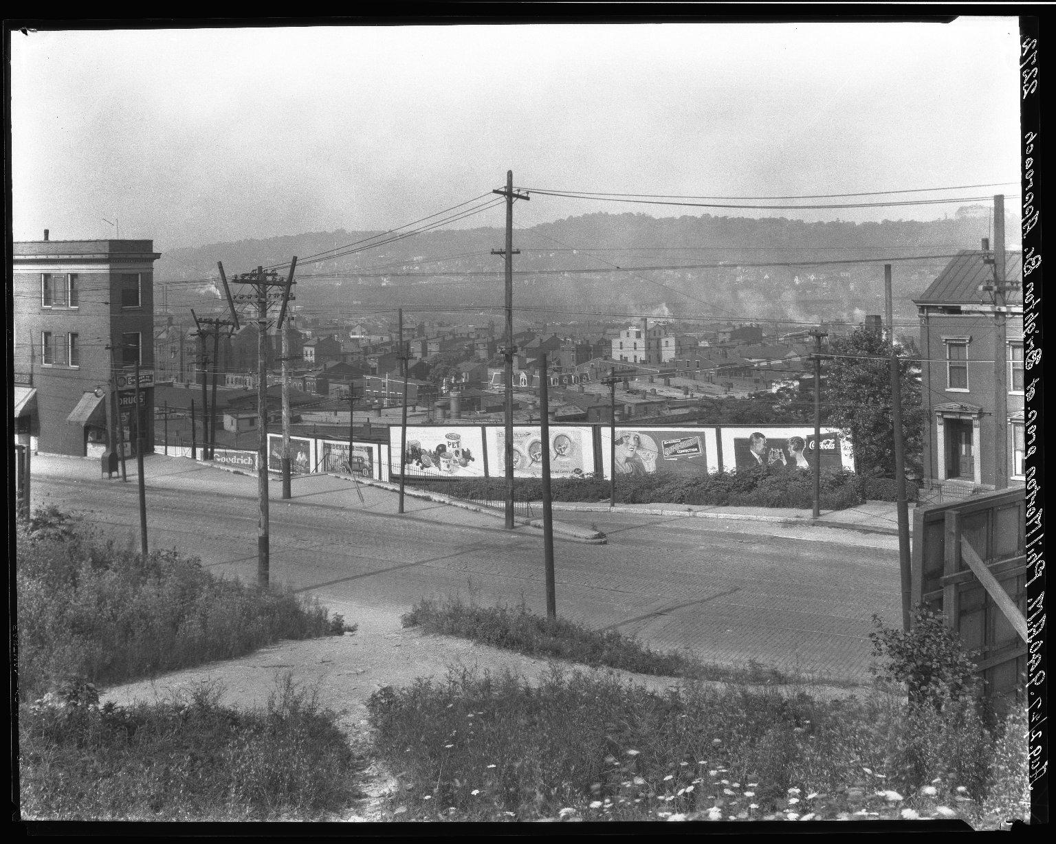 Rapid Transit Photographs -- Box 20, Folder 13 (July 29, 1927) -- negative, 1927-08-02, 9:40 A.M.