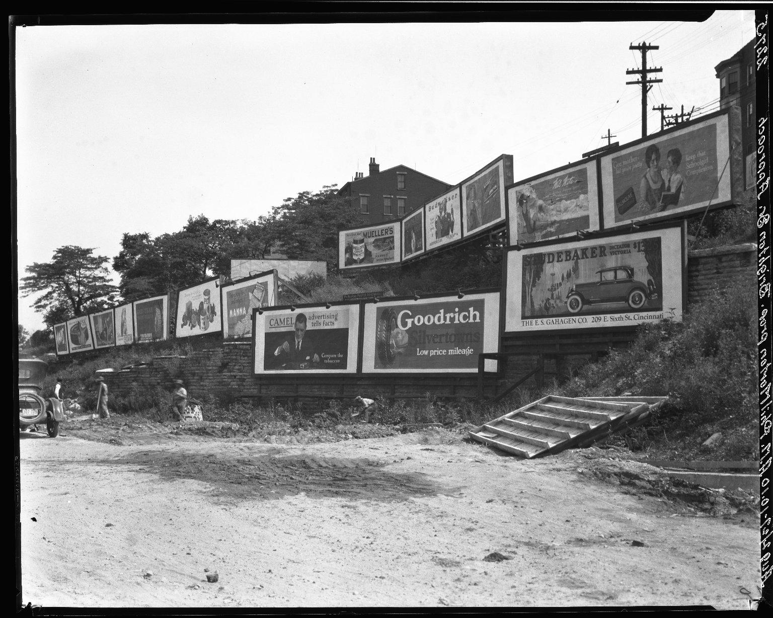Rapid Transit Photographs -- Box 20, Folder 14 (August 2, 1927) -- negative, 1927-08-02, 10:10 A.M.