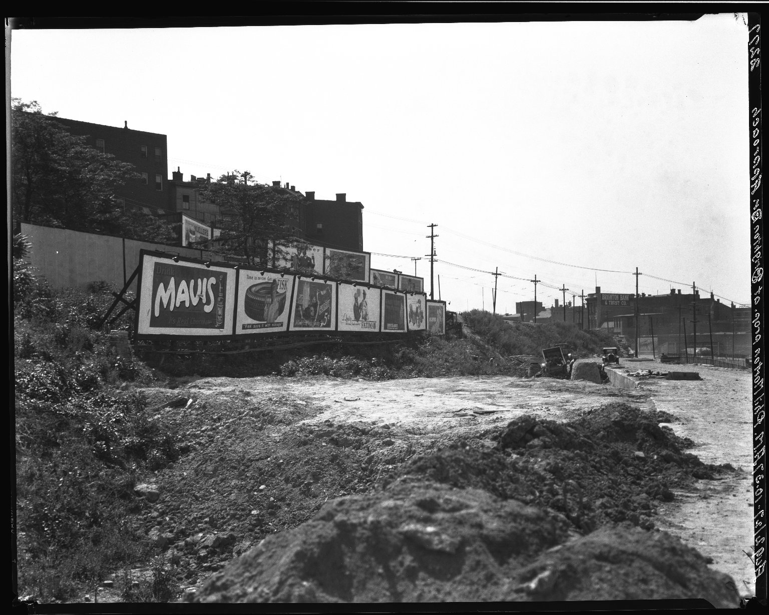 Rapid Transit Photographs -- Box 20, Folder 14 (August 2, 1927) -- negative, 1927-08-02, 10:37 A.M.