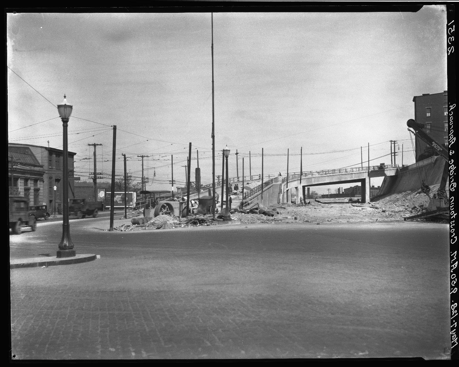 Rapid Transit Photographs -- Box 20, Folder 27 (May 4, 1928 - May 7, 1928) -- negative, 1928-05-07, 9:50 A.M.