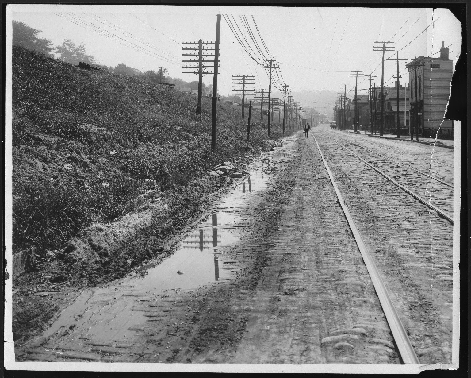 Street Improvement Photographs -- Box 22, Folder 47 (Eastern Avenue) -- print, 1916-09-06