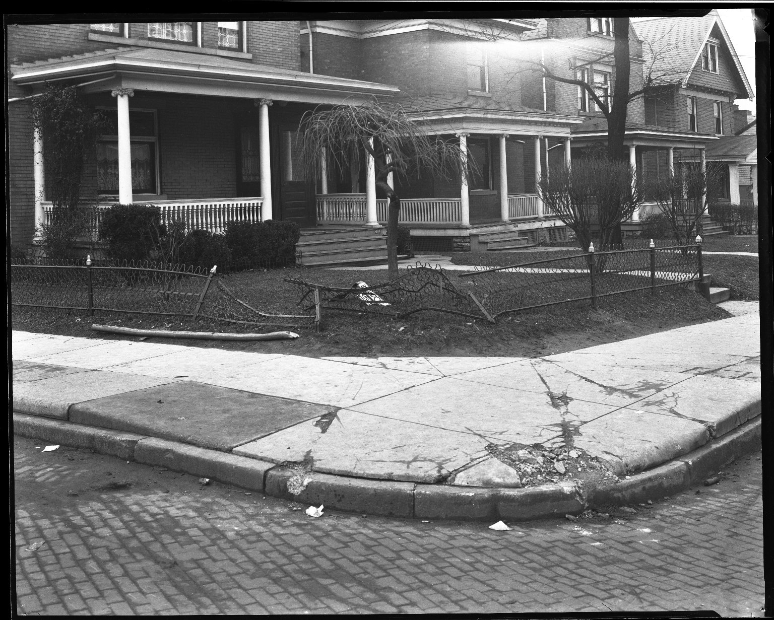 Street Improvement Photographs -- Box 32, Folder 33 (Burnet Avenue) -- negative, 1928