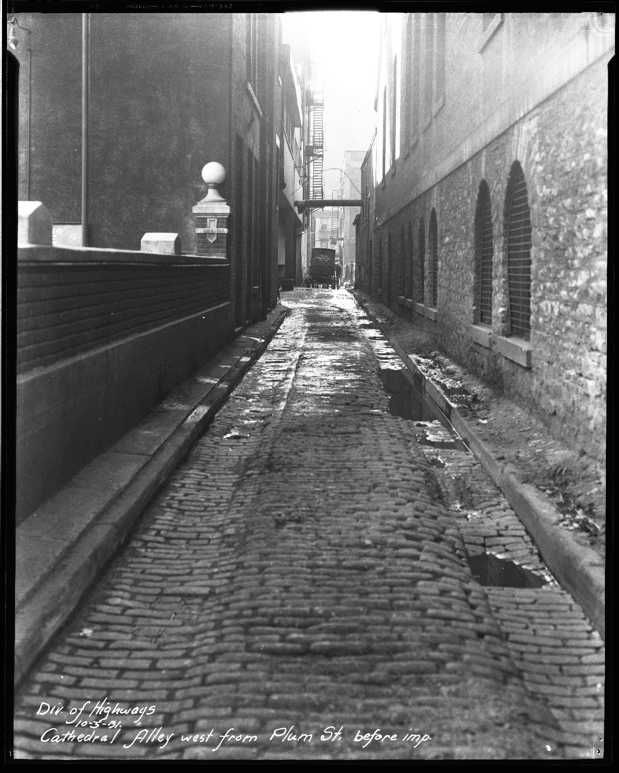 Street Improvement Photographs -- Box 32, Folder 41 (Cathedral Alley) -- negative, 1931-10-03