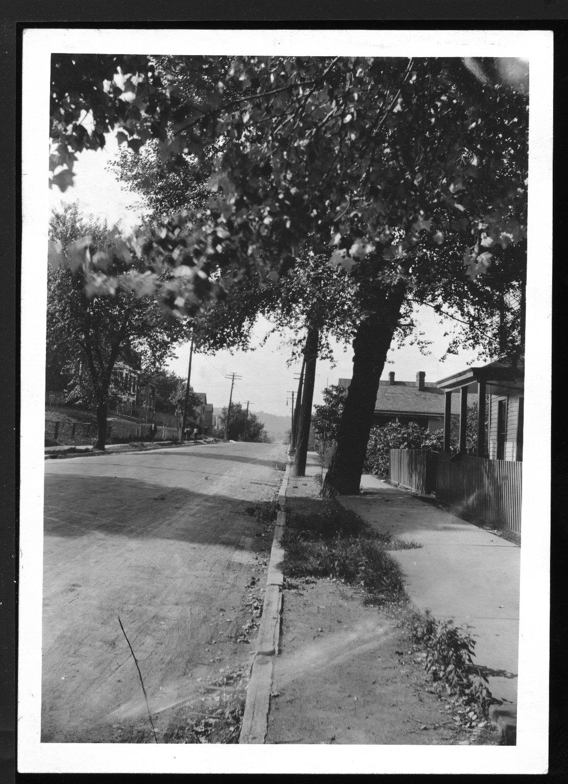 Miscellaneous Photographs -- Box 53, Folder 15 (Court Case Photos) -- print, 1920-07-21