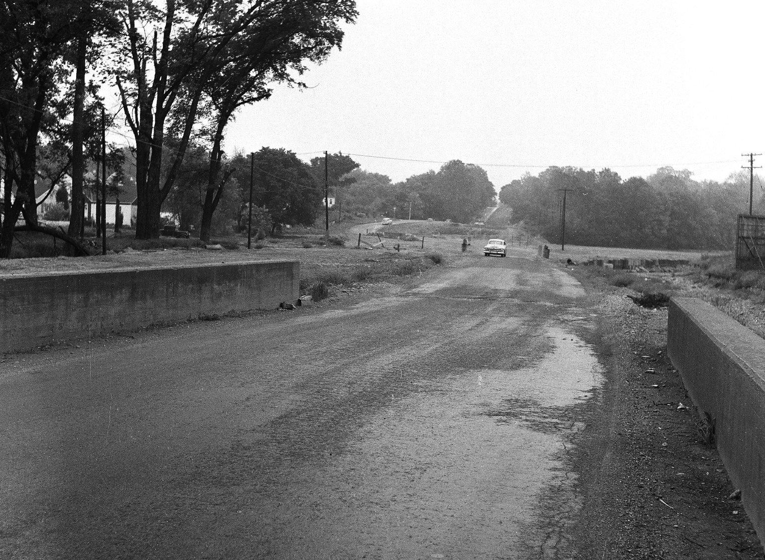 Miscellaneous Photographs -- Box 54, Folder 11 (City of Cincinnati Expressways) -- negative, 1955-05-12