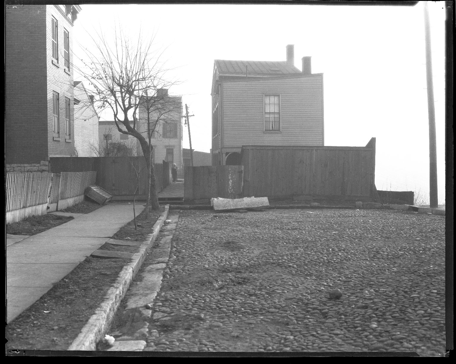 Miscellaneous Photographs -- Box 54, Folder 42 (Unknown) -- negative, 1944